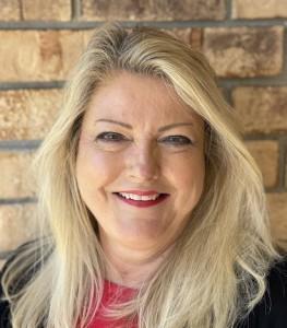 Debbie Natal
